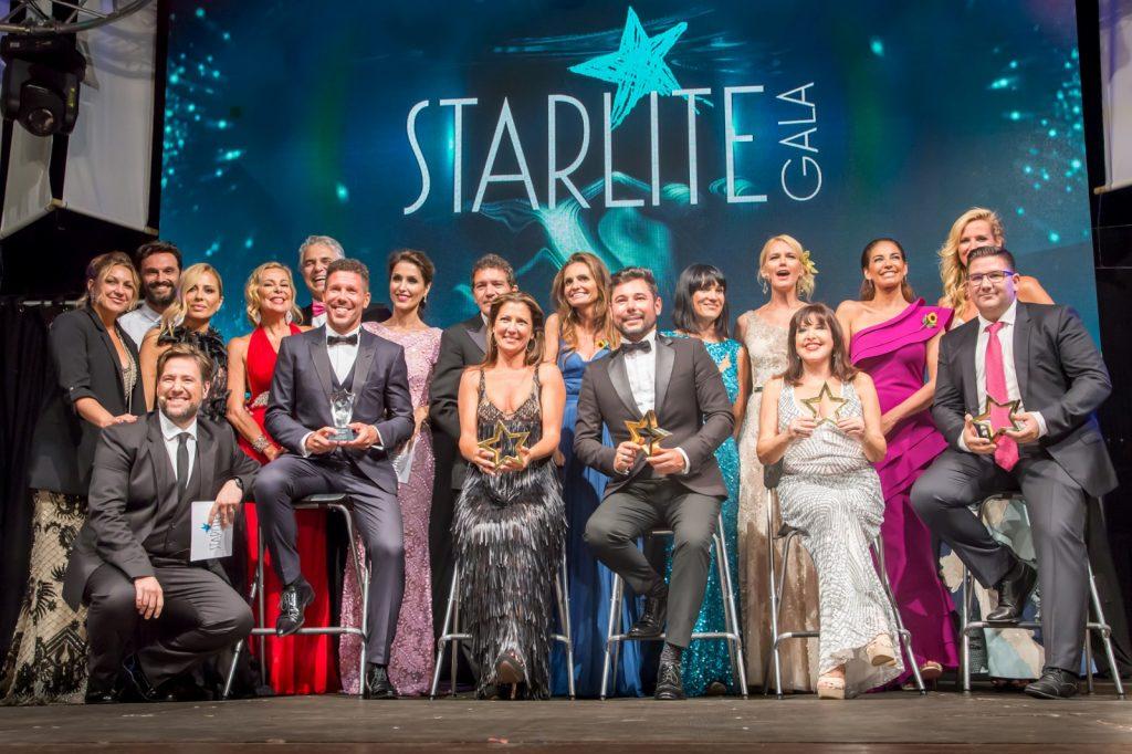 Sara Baras junto al resto de premiados Starlite gala